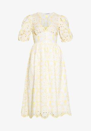 DRESS - Day dress - fantasia bianco/giallo