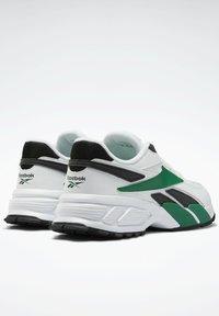 Reebok Classic - EVASION 20 SHOES - Zapatillas - white - 2