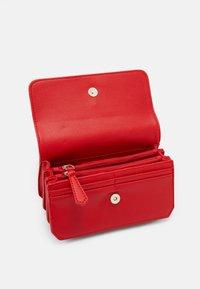 Valentino Bags - MEMENTO - Across body bag - rosso - 2