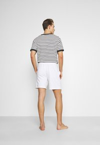 Hollister Co. - LOUNGE BOTTOM OTTOMAN SHORTS - Pyžamový spodní díl - white - 2
