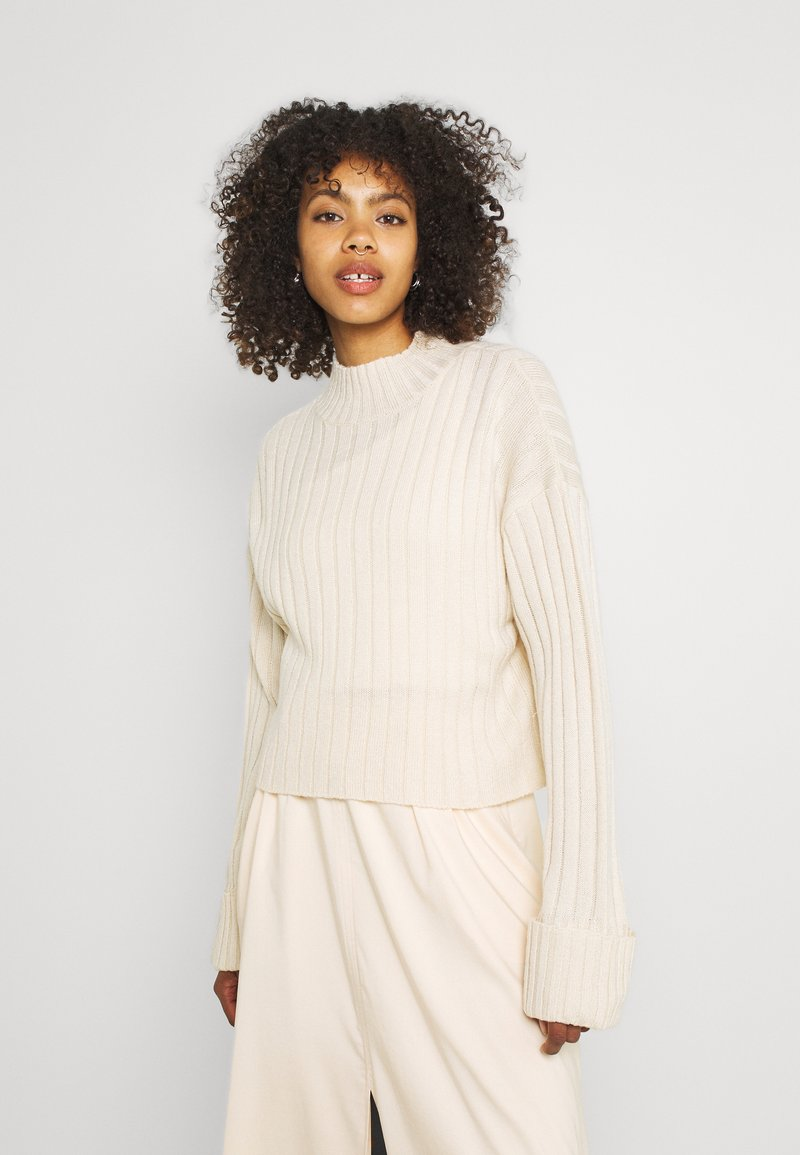 Nly by Nelly - CROPPED TURTLE NECK - Sweter - beige