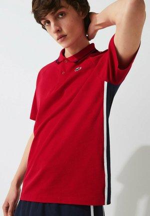 Polo shirt - rouge / bleu marine / blanc