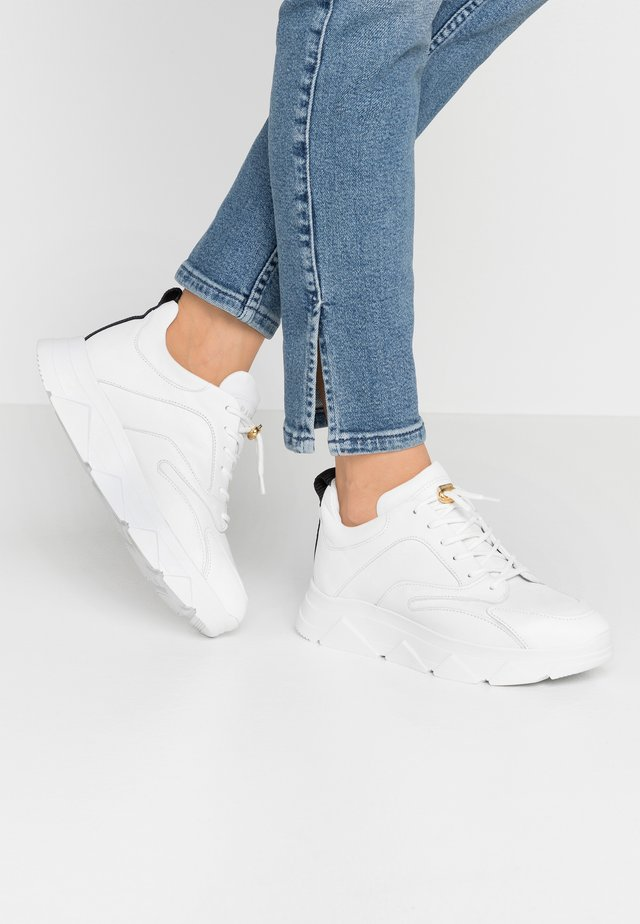 PORTIA - Sneakers basse - white
