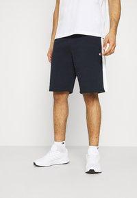 Champion - BERMUDA - Sports shorts - navy/white - 0