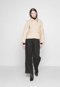 Weekday - EVE - Lehká bunda - medium beige - 1