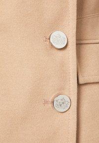 Wallis - LONGLINE REVERE - Classic coat - stone - 2