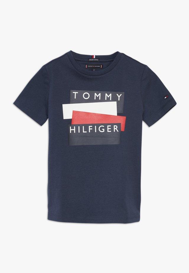 STICKER TEE  - T-shirt print - blue