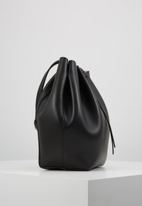 Patrizia Pepe - CITY MEDIO - Across body bag - nero - 3