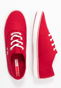 s.Oliver - LACE-UP - Tenisky - red - 3