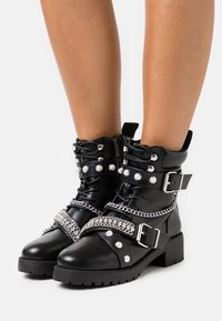 River Island - Lace-up ankle boots - black - 0