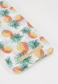 iDeal of Sweden - FASHION CASE IPHONE X/XS - Phone case - pineapple bonanza - 2