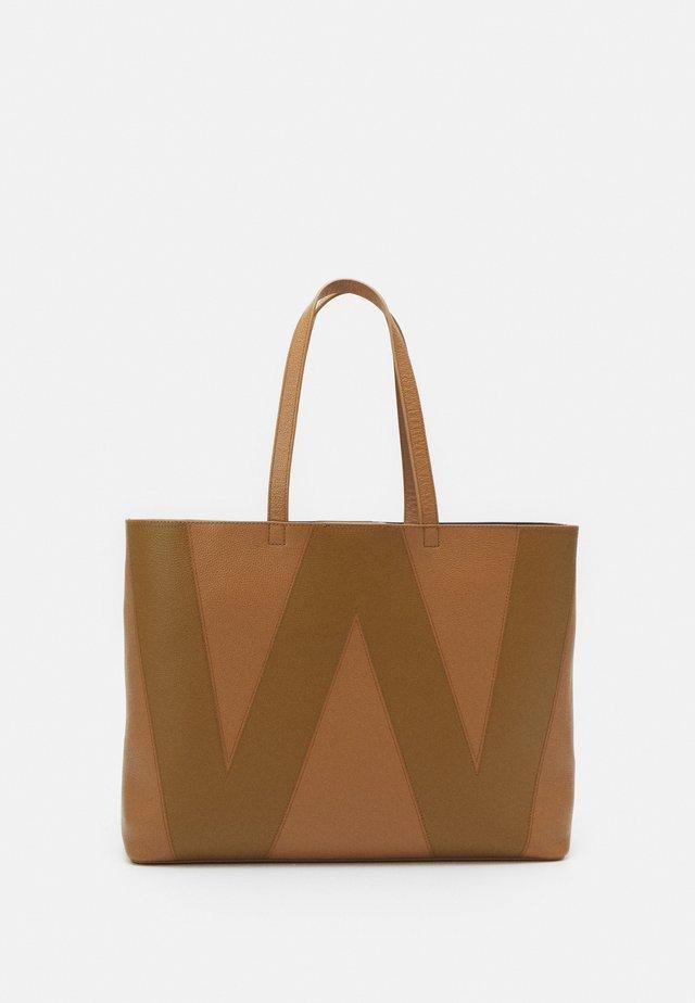 LEGGE - Shopping bag - taback