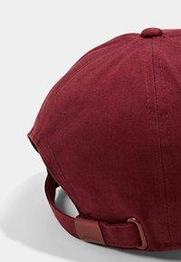 Esprit - Cap - bordeaux red - 2