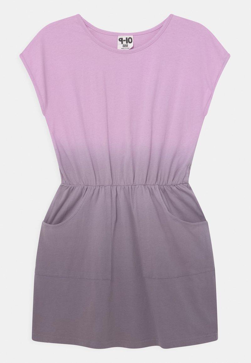 Cotton On - SIGRID SHORT SLEEVE - Žerzejové šaty - pale violet/dusk purple