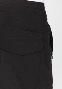 Roark - Shorts - black - 4