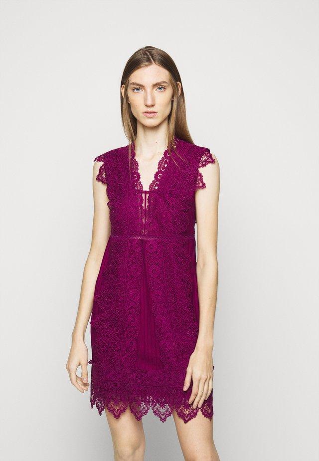 ERIBERTO DRESS - Vestito elegante - fuchsia