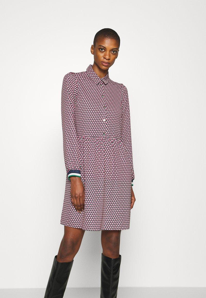 NAF NAF - ARLEQUIN - Shirt dress - multi-coloured