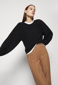 ARKET - SWEATER - Stickad tröja - black - 3
