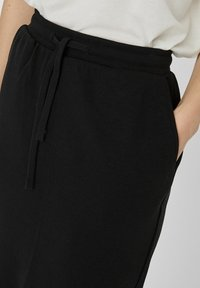 Vero Moda - ROCK NORMAL WAIST - A-line skirt - black - 3