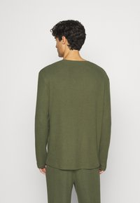Pier One - RIBBED LOUNGE TOP - Pyžamový top - khaki - 2