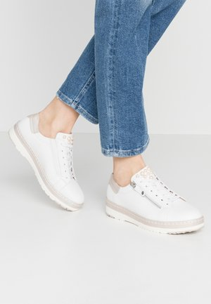 LACE-UP - Sneakers laag - white/champagne