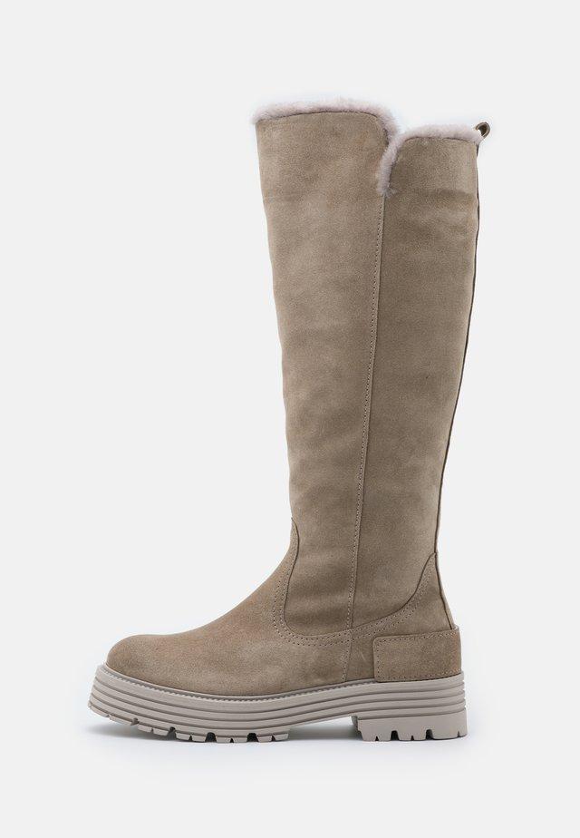 ELA - Platform boots - biscuit