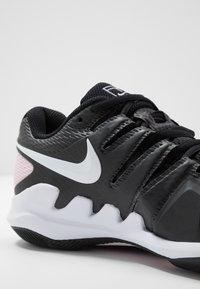 Nike Performance - NIKECOURT AIR ZOOM VAPOR X - Multicourt tennis shoes - black/white/pink foam - 5