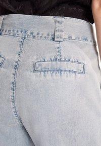 comma - Denim shorts - light blue - 5