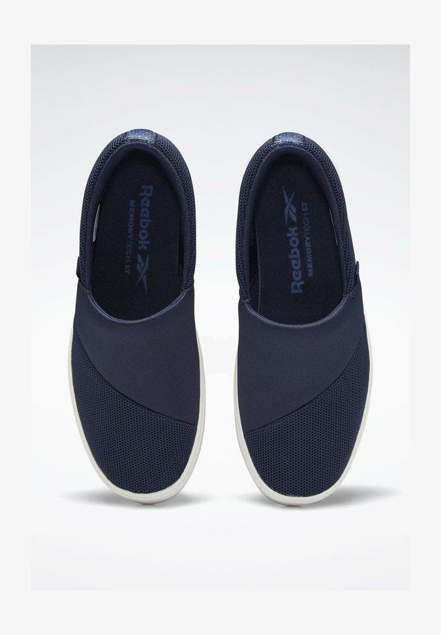 Obuwie hikingowe - blue