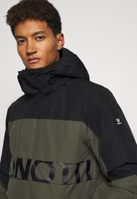 Brunotti - TRISTIN MENS JACKET - Snowboardová bunda - pine grey - 4