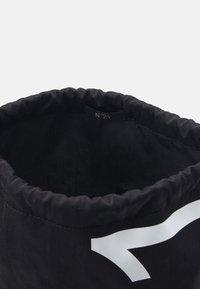 N°21 - BORSA - Batoh - black - 2