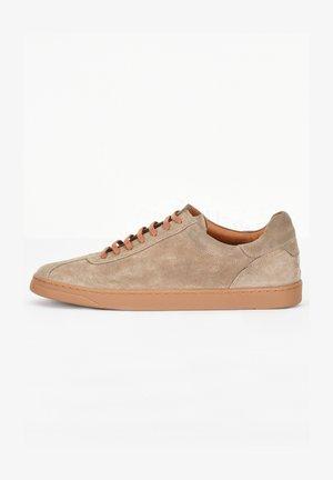 Sneakersy niskie - sd mouton cmt