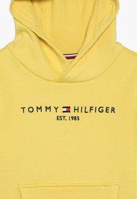Tommy Hilfiger - ESSENTIAL HOODIE - Hoodie - yellow - 4