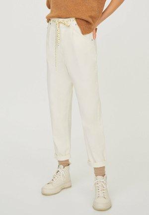 Kalhoty - white
