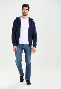 Napapijri - SENOS CREW - T-shirt - bas - bright white - 1