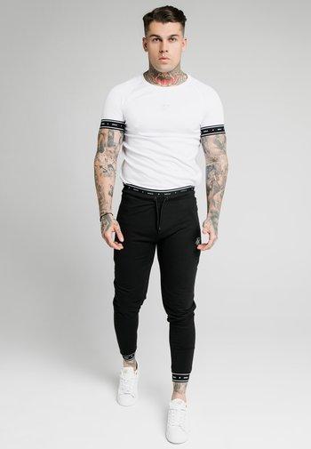 ACTIVE MUSCLE FIT - Pantaloni sportivi - black