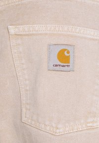 Carhartt WIP - NEWEL PANT PARKLAND - Straight leg jeans - dusty brown worn washed - 5