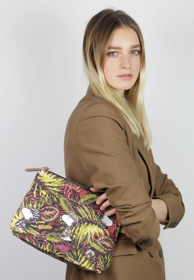 Codello - Wash bag - mehrfarbig