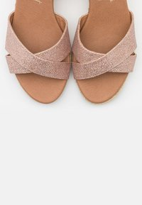 New Look Wide Fit - WIDE FIT PRAWN - Espadrilles - rose gold - 5