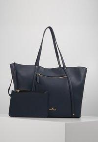 Anna Field - SHOPPING BAG / POUCH SET - Shopping bag - dark blue - 4