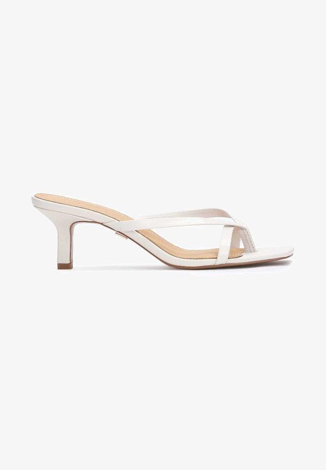 MINA - Slip-ins med klack - white