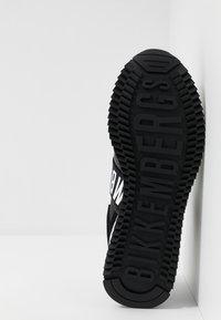 Bikkembergs - HALED - Slip-ons - black/white - 4