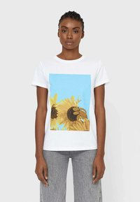 Stradivarius - Print T-shirt - white - 0