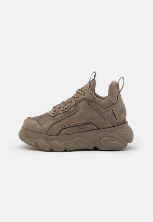 VEGAN CHAI - Sneakers laag - grey
