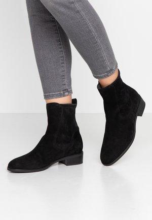 HARRYETTE - Classic ankle boots - schwarz