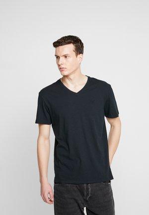 SLUB VNECK - Basic T-shirt - black