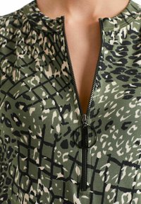 Marc Cain - Day dress - crocodile - 2
