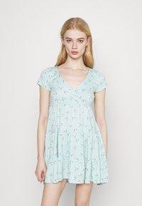 Hollister Co. - SHORT DRESS - Vestido ligero - mint - 3