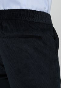 Filippa K - TERRY TROUSER - Trousers - dark navy - 5