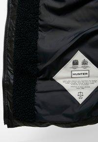 Hunter ORIGINAL - WOMENS ORIGINAL PUFFER COAT - Winter coat - black - 5